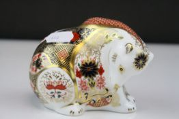 Royal Crown Derby Old Imari Patteren Rocky Mountain Bear Paperweight with Gold stoper, 9cms high