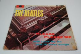 Vinyl - The Beatles Please Please Me (PMC 1202) Mono, early pressing with black and gold label,