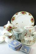 Group of Royal Albert Old Country Roses, Minton Haddon Hall and Wedgwood Jasperwares together with