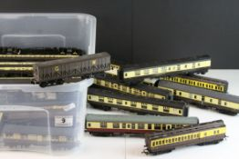 Group of OO gauge rolling stock items, comprising 30 coaches, to include Tri-ang, Hornby, Airfix,