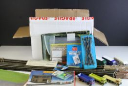 Collection of good OO gauge model railway track including Peco straights, boxed Hornby R421 Signal
