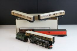 Nine Hornby OO gauge coaches featuring 2 x Royal Mail coaches plus a Hornby Morning Star 4-6-2