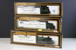 Three boxed Palitoy Mainline OO gauge locomotives to include 37090 43XX Mogul GWR green, 37038 Class