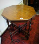 Mahogany hexagonal topped 19 th century Victorian table