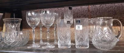 SHELF OF MIXED GLASS WARE INCLUDING ROYAL DOULTON WINE GLASSES, WATER JUGS AND VASES