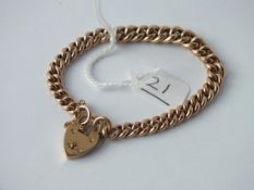 A ROSE GOLD CURB LINK BRACELET WITH CHESTER PADLOCK IN 9CT - 11gms