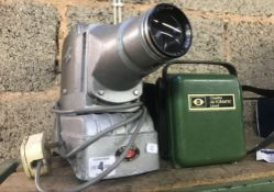 VINTAGE GNOME ALPHAX MAJOR SLIDE PROJECTOR & A COWLEY AUTOMATIC LEVEL IN CASE