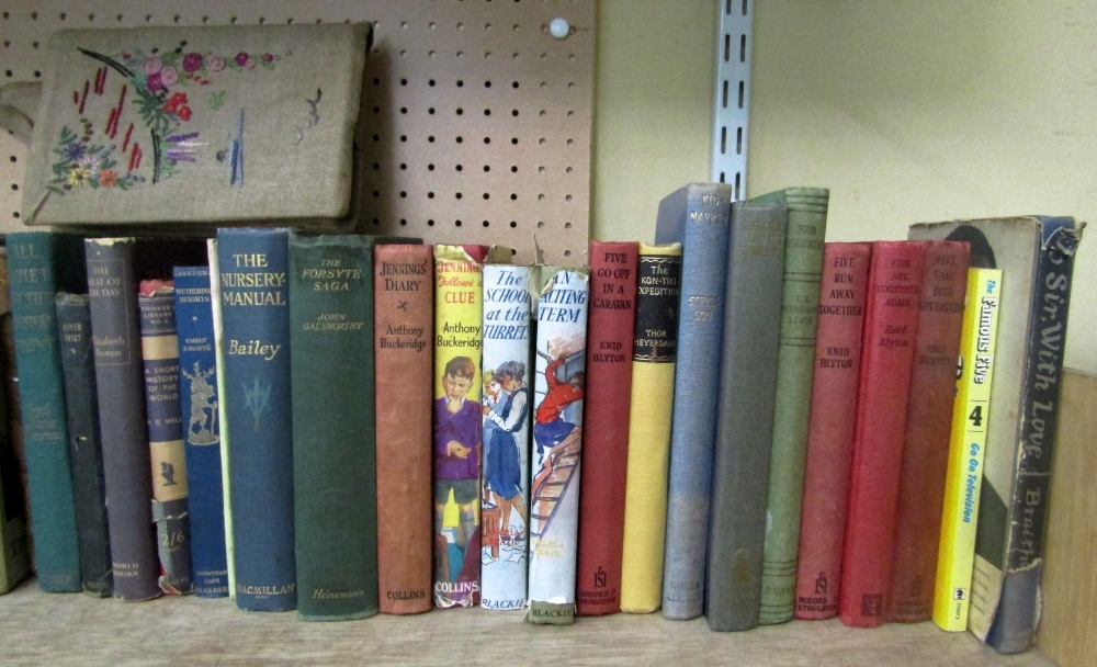 Lot 821 - A quantity of mixed vintage and other childrens books including Angela Brazil, Enid Blyton, etc
