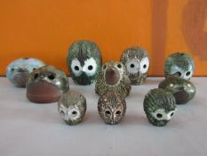 Briglin Pottery - A collection of novelty figures and money boxes in the form of birds (10)