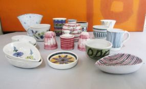 Rye pottery - A collection of various studio pottery wares, mainly in a tin glaze with hand