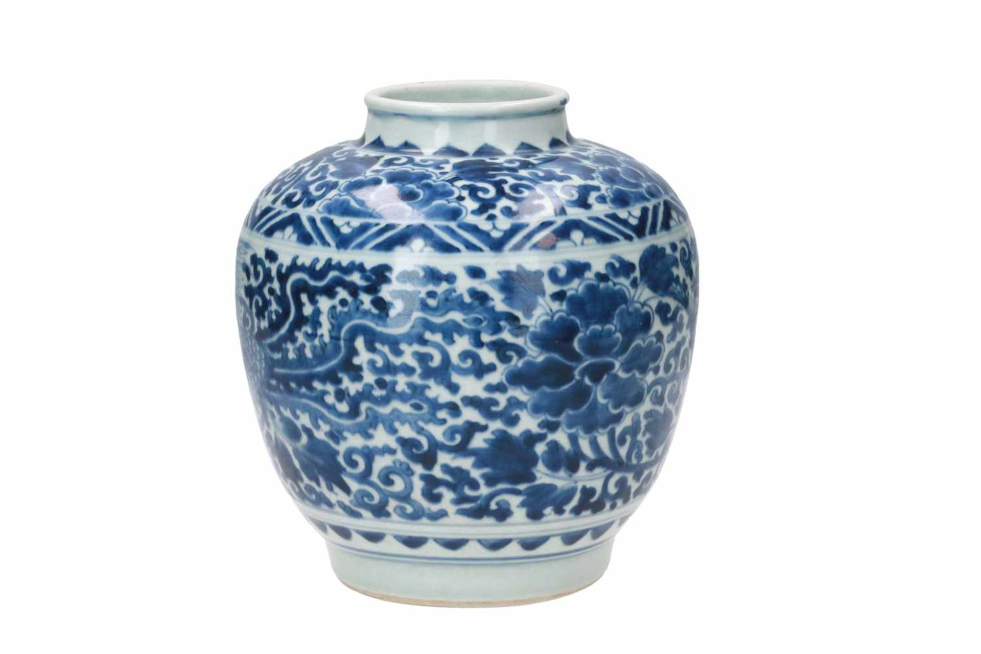 A blue and white porcelain jar, decorated with phoenixes and flowers. Marked with a hare. China, - Bild 4 aus 6
