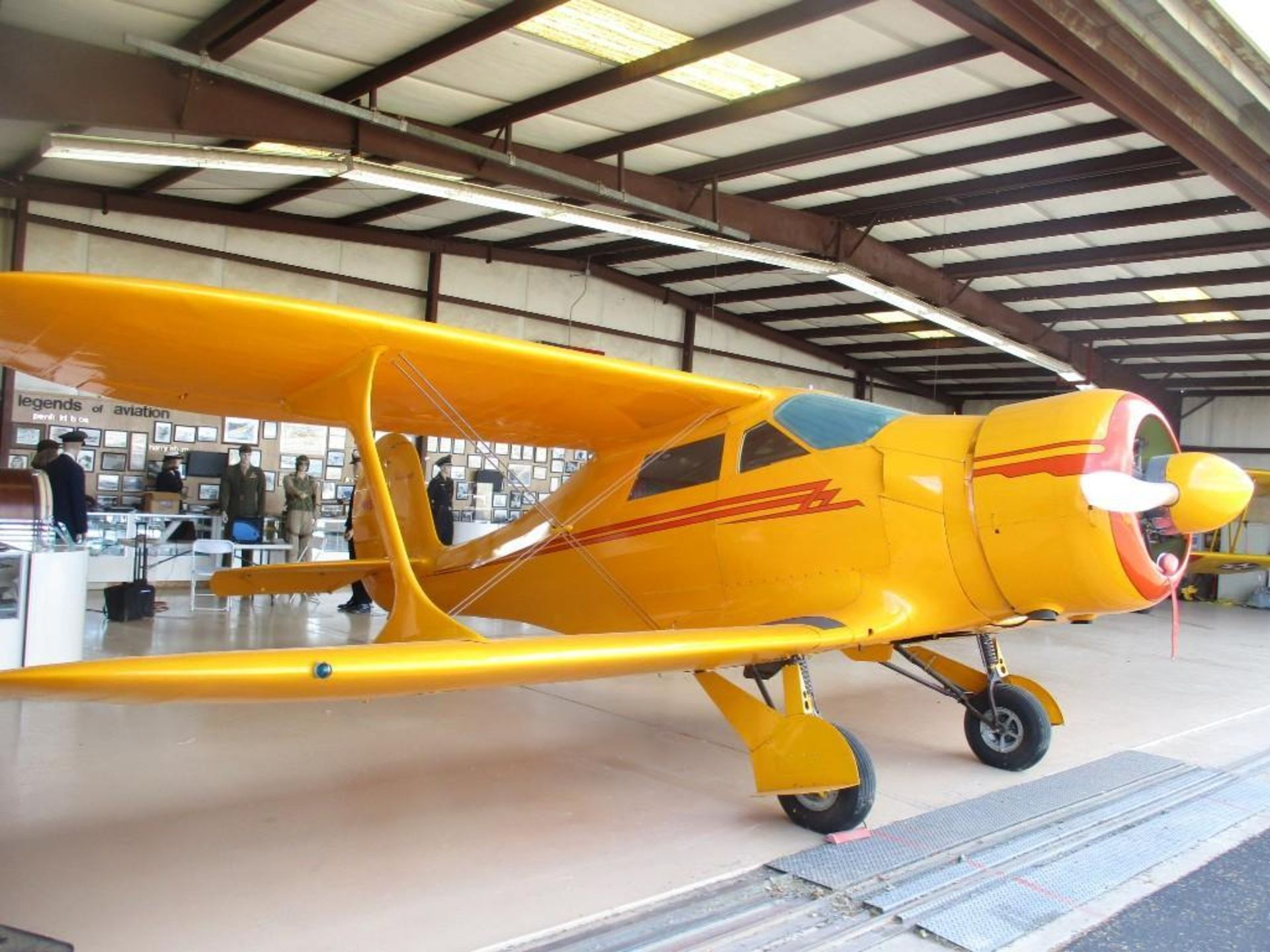 1947 BEECHCRAFT D-17S STAGGERWING N1196V S/N 6703 - Image 3 of 7