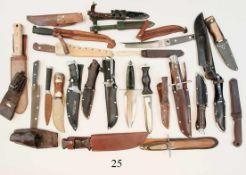 Konvolut Messer und Scheiden