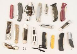 Konvolut 17 Taschenmesser