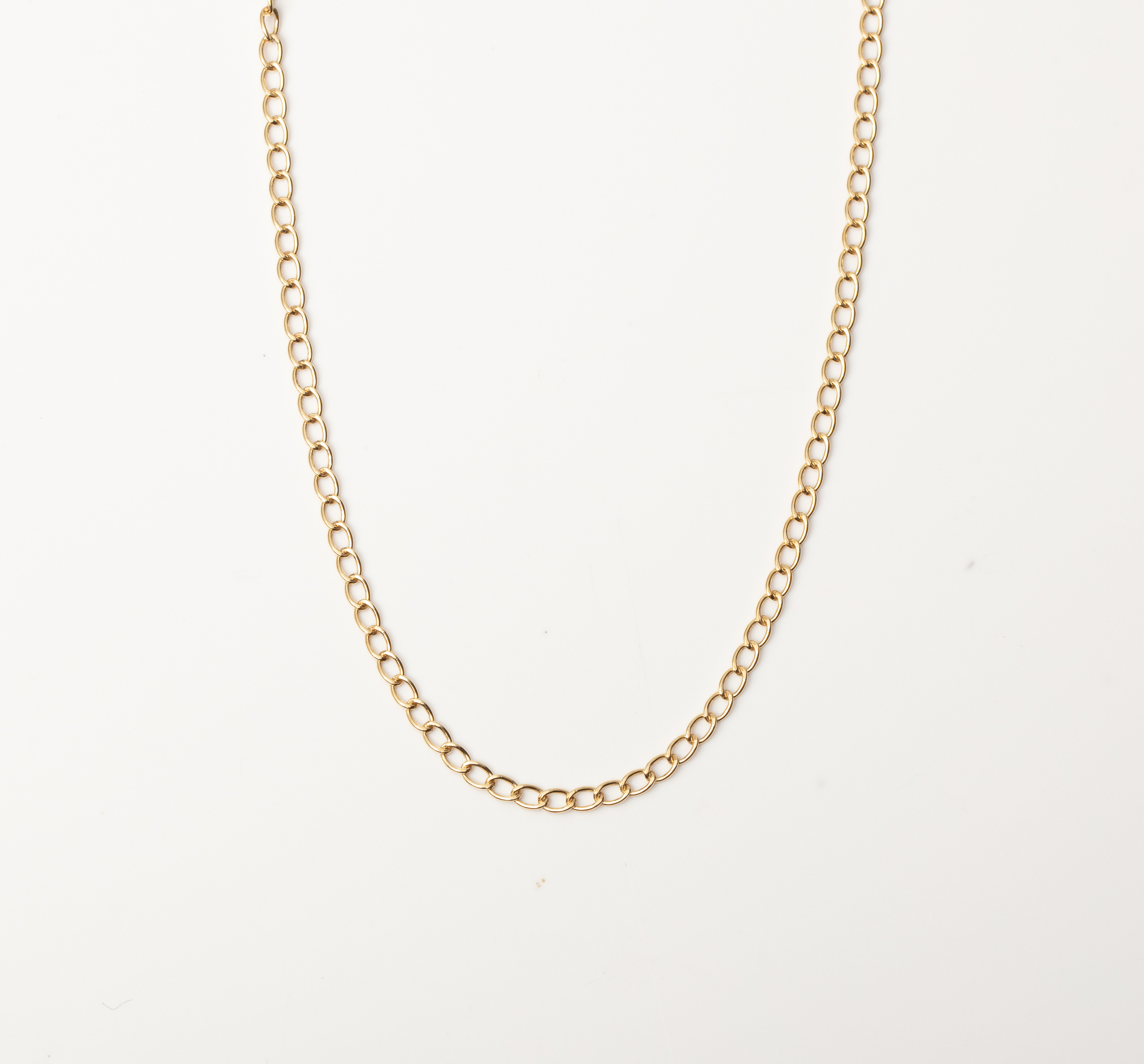 A 9CT GOLD AND SILVER BONDED FANCY LINK CHAIN