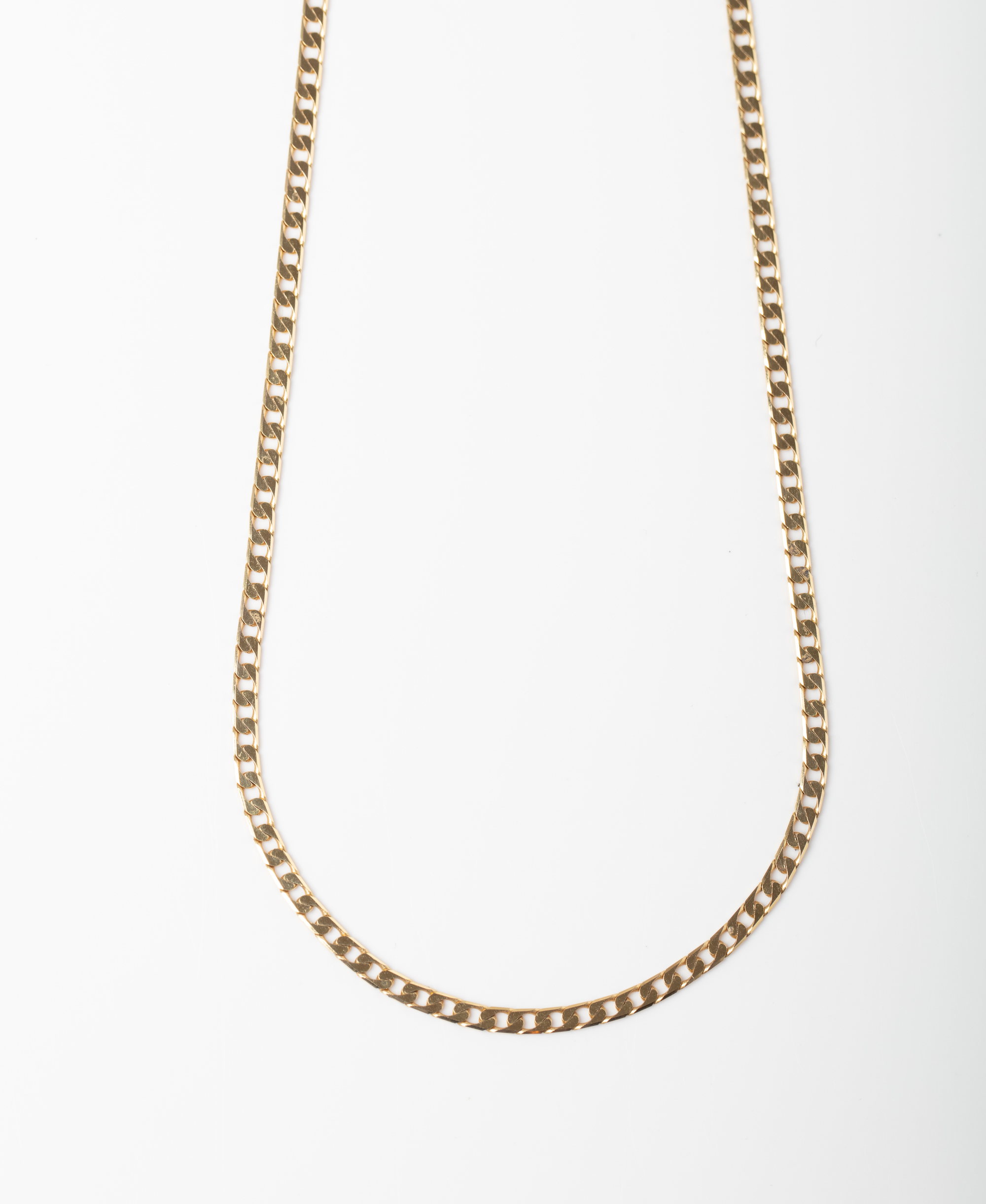 A 9CT GOLD SQUARE CURB CHAIN