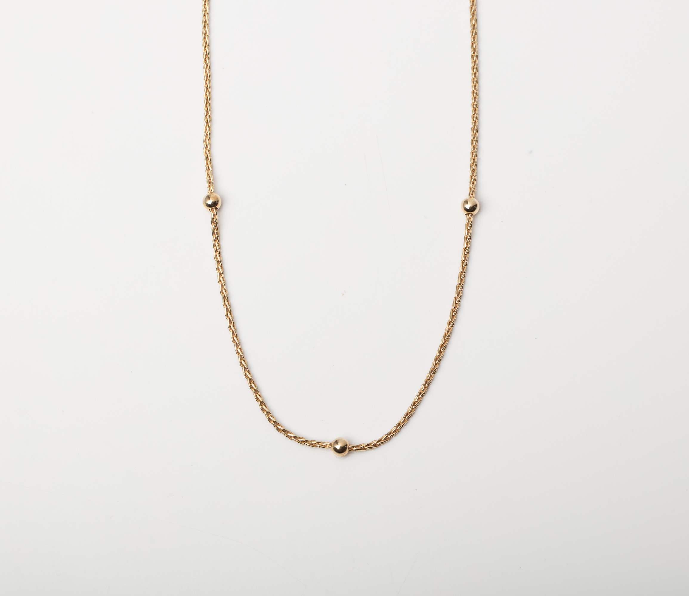 A 9CT GOLD & SILVER BONDED FANCY LINK CHAIN