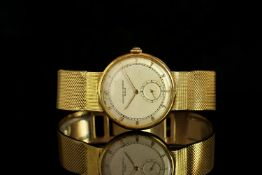 GENTLEMENS VACHERON & CONSTANTIN 18CT GOLD WRISTWATCH, circular off white dial with gold arabic