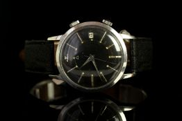 GETLEMENS JAEGER LE COULTRE MEMOVOX WRISTWATCH, circular black dial with silver housr markers and an