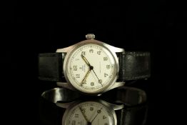 GENTLEMENS TUDOR OYSTER SHOCK RESISTING WRITWATCH REF. 4463, circular off white dial with arabic