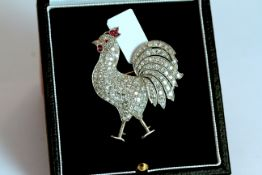 Diamond set rooster brooch, approximate total diamond weight 6.00ct, approximate height 4.5cm,