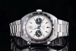 GENTLEMENS HEUER AUTAVIA AUTOMATIC CHRONOGRAPH WRISTWATCH, circular cream twin register dial with