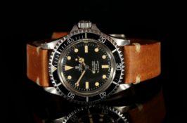 GENTLEMEN'S VINTAGE TUDOR OYSTER PRINCE SUBMARINER REF 7016/0 CIRCA 1970, Circular black dial with