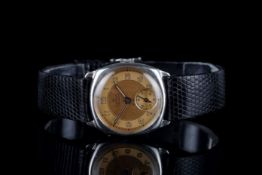 GENTLEMENS SMITHS DE LUXE STERLING SILVER WRISTWATCH CIRCA 1957, circular two tone dial with