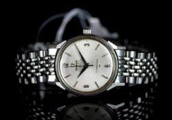 GENTLEMENS OMEGA AUTOMATIC CHRONOMETER CONSTELLATION WRISTWATCH REF. 167.005, circular silver dial