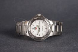 GENTLEMENS TAG HEUER KIRIUM PROFESSIONAL WRISTWATCH, circular white dial with dot hour markers and