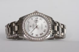 GENTLEMEN'S PLATINUM ROLEX OYSTER PERPETUAL DAY-DATE MASTERPIECE REFERENCE 18946, Glacier Roman