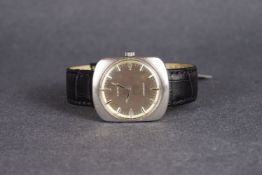GENTLEMENS LONGINES CONQUEST WRISTWATCH REF. 1535, circular silver dial with silver hour markers and
