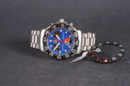 GENTLEMENS TAG HEUER PROFESSIONAL CHRONOGRAPH WRISTWATCH W/ SPARE BEZEL, circular blue triple