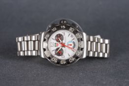 GENTLEMENS TAG HEUER FORMULA 1 CHRONOGRAPH WRISTWATCH, circular white triple register dial with