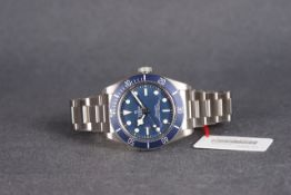 BRAND NEW GENTLEMENS TUDOR BLACK BAY 58 WRISTWATCH W/ BOX & PAPERS CIRCA 2020, circular blue dial