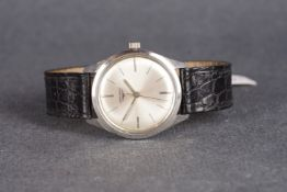 GENTLEMENS LONGINES WRISTWATCH REF. 7624, circular silver sunburst dial with etched hour markers and