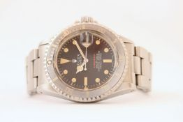 VINTAGE ROLEX SUBMARINER RED LINE 1680/0 WITH SERVICE PAPERS CIRCA 1979, circular black MK4 dial