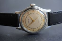 ***TO BE SOLD WITHOUT RESERVE*** GENTLEMENS ROTARY WRISTWATCH W/ BOX & PAPERS, circular two tone