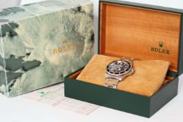 VINTAGE ROLEX OYSTER PERPETUAL SUBMARINER REFERENCE 5513 WITH BOX, SERVICE RECEIPT AND SPARE LINK
