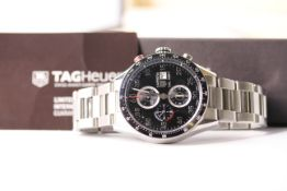 GENTLEMENS TAG HEUER CARRERA WRISTWATCH REF CAR2A10 W/BOX, PAPERS & SPARE LINK, circular black