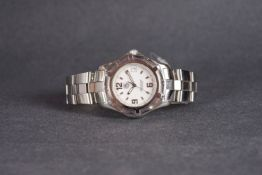 GENTLEMENS TAG HEUER PROFESSIONAL DATE WRISTWATCH,
