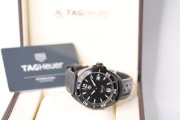 GENTLEMENS TAG HEUER FORMULA 1 WRISTWATCH REF WAZ2115 W/BOX & PAPERS, circular black dial with