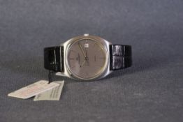 GENTLEMENS IWC SCHAFFHAUSEN QUARTZ DATE WRISTWATCH W/ BOX & SWING TAGS REF. 3302, circular silver