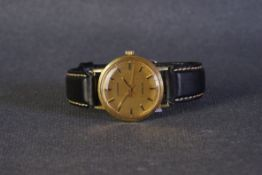 GENTLEMENS LONGINES CONQUEST WRISTWATCH, circular gold dial with gold baton hour markers and