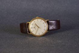 GENTLEMENS JAEGER LE COULTRE 18CT GOLD WRISTWATCH REF. 2285 CIRCA 1960s, circular cream dial with