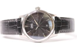 GENTLEMENS ORIS ARTELIER WRISTWATCH REF 0173376704054 W/BOX & PAPERS, circular black dial with