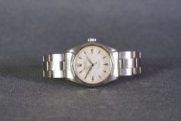 UNUSUAL GENTLEMENS ROLEX OYSTER PEREPTUAL 'HONEYCOMB' WRISTWATCH REF. 6286, circular off white