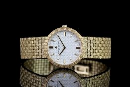 LADIES VACHERON CONSTANTIN PATRIMONY CLASSIQUE REF 25162, ciruclar white textured dial with gold