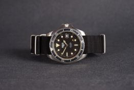GENTLEMENS HEUER MONNIN QUARTZ DIVERS WRISTWATCH 844 CIRCA 1979, circular black dial with green lume
