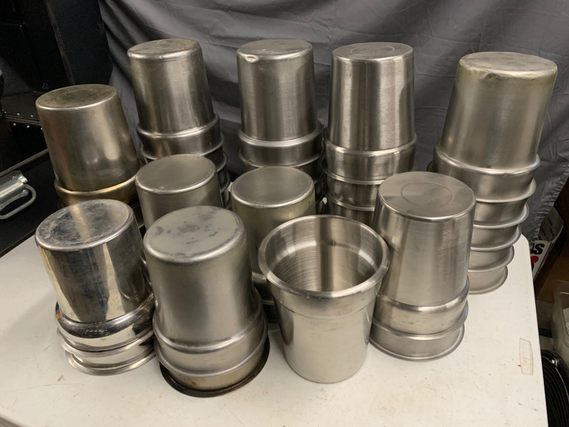 Lot 1470 - Stainless Steel Steam Table Inserts